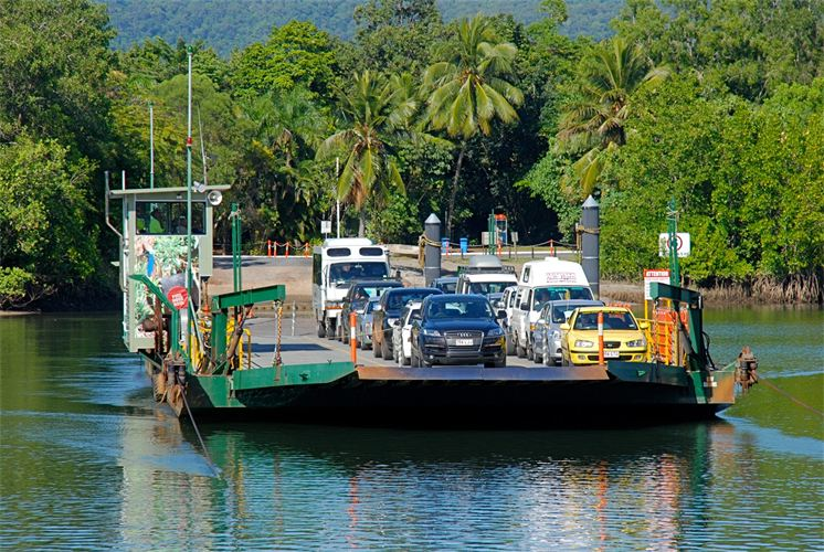 Daintree_River_Ferry.300